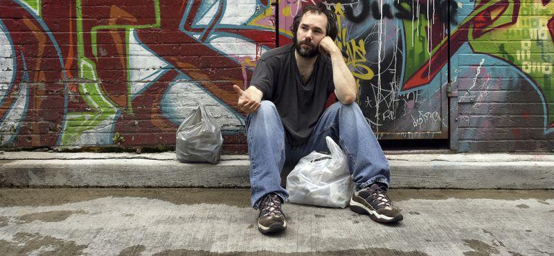 Bezdomovec setřel los a má na nájem