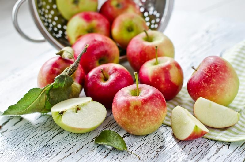 Los a jablečné lízátko