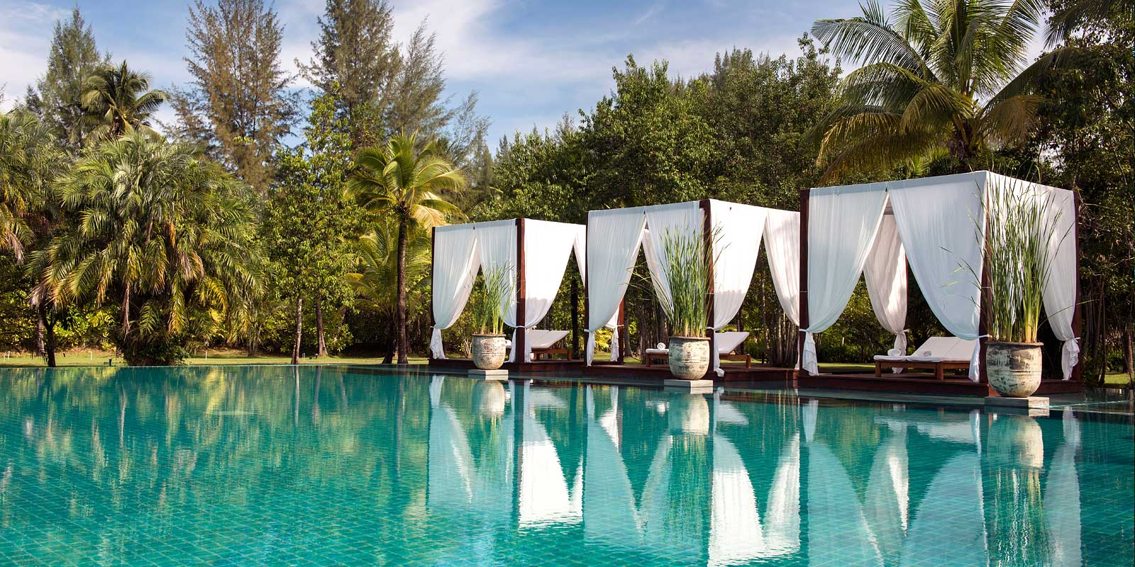 Osvěžte se pohledem na 5 nejoriginálnějších bazénů