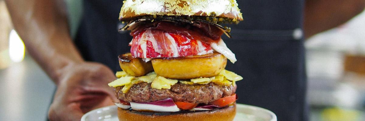 Jezte jako miliardáři: dejte si nejdražší kafe a hamburger na světě!