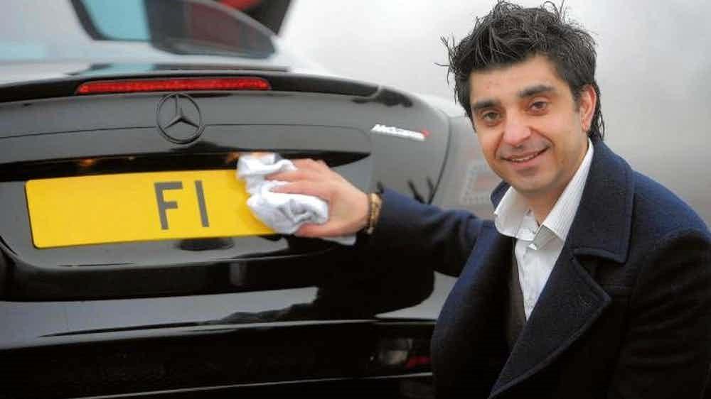 SPZ na auta za desítky milionů korun? Ano, to jsou ty levnější