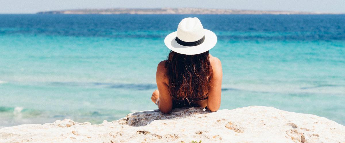 Zajeďte si do dovolenkových rájů Čechů ve velkém stylu