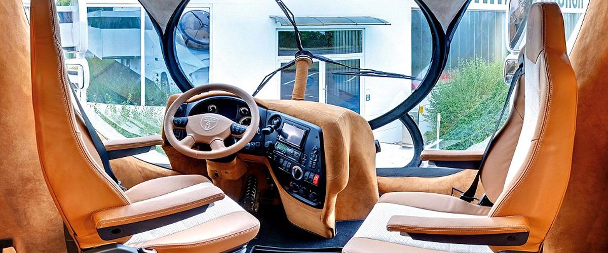 Na cestu kolem světa v nejdražším karavanu na světě