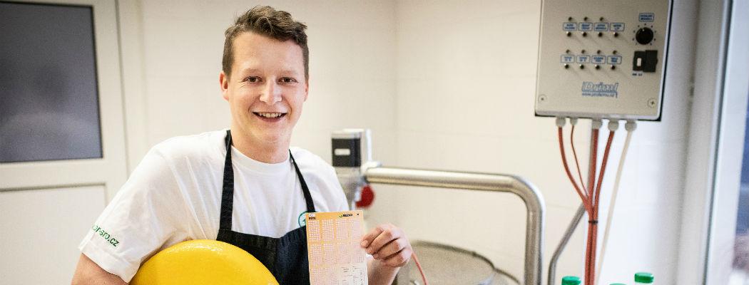 SAZKA reportér: Peníze ze Sportky zaplatí Davidovi vlastní výrobnu sýrů
