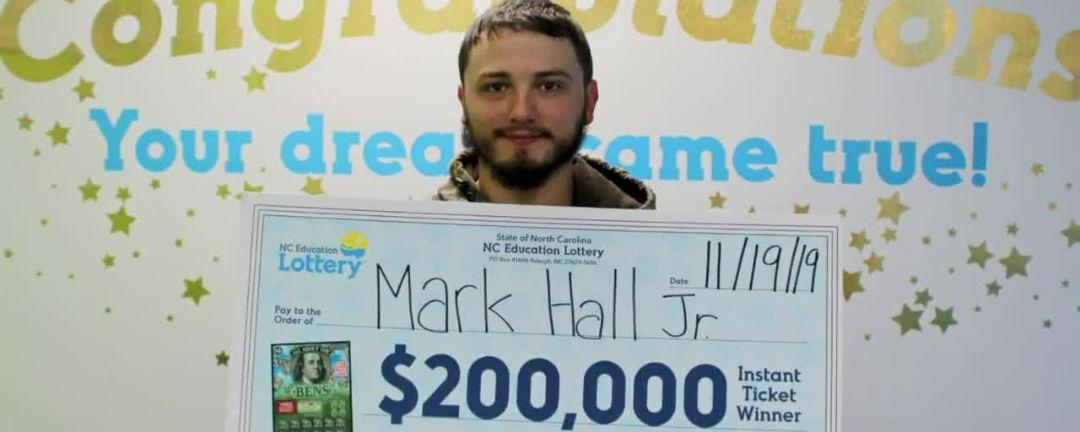 Živly Markovi sebraly střechu nad hlavou, teď vyhrál v loterii 4,6 milionu