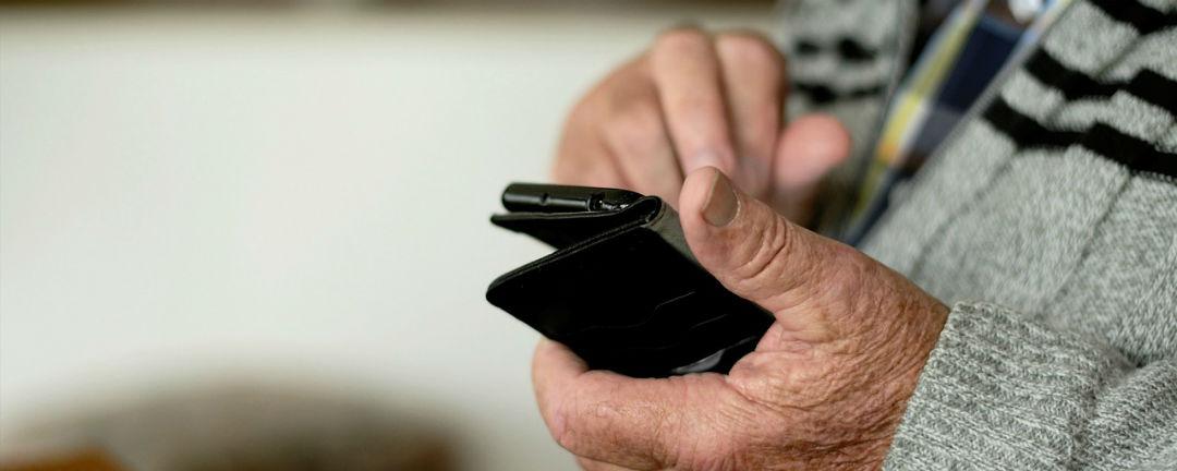 SAZKAmobil reaguje na aktuální nouzový stav a svým zákazníkům dává volání a SMS zdarma