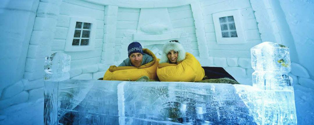 Zima přichází. Z těchto 7 ledových hotelů se vám zatají dech