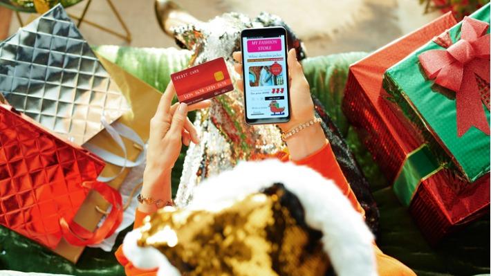 Ušetřete a vybírejte vánoční dárky, které si budou rozumět s chytrými telefony