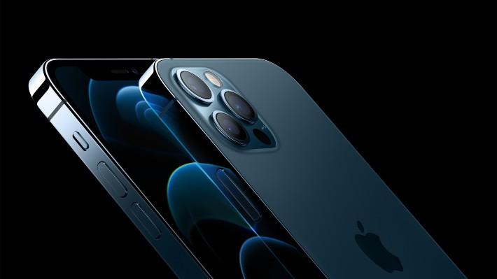 Apple představil nové iPhony. Podívejte se, jaké parádní fotky umí vyfotit
