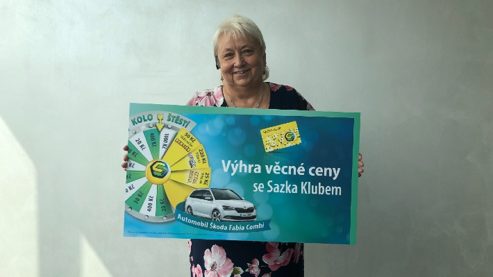 Paní Renata vyhrála se Sazkou už podruhé. Kolo štěstí ji nyní odměnilo Škodou Fabia Combi!