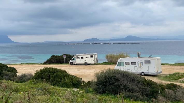 Kde jsou nejhezčí pláže a co vidět. Sardinie obytňákem nadivoko (III.díl)