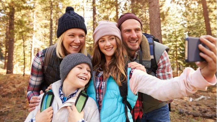 Užijte si podzimní výlety s mobilními aplikacemi pro malé i velké turisty